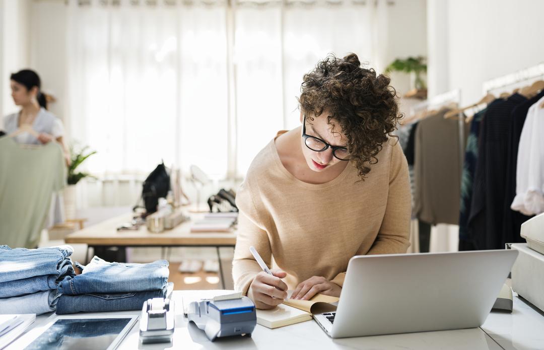 Para quem deseja empreender, e até para quem já começou, o plano de negócios é um aliado na gestão. Descubra como elaborar o seu neste artigo!