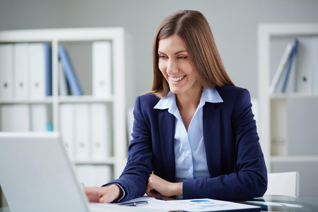 Quer empreender, mas não sabe por onde começar para abrir empresa LTDA? Neste artigo, você confere um passo a passo para tirar seu negócio do papel!